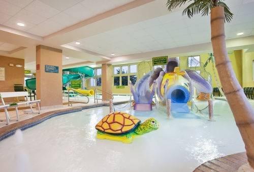 Holiday Inn indoor water park kearney nebraska