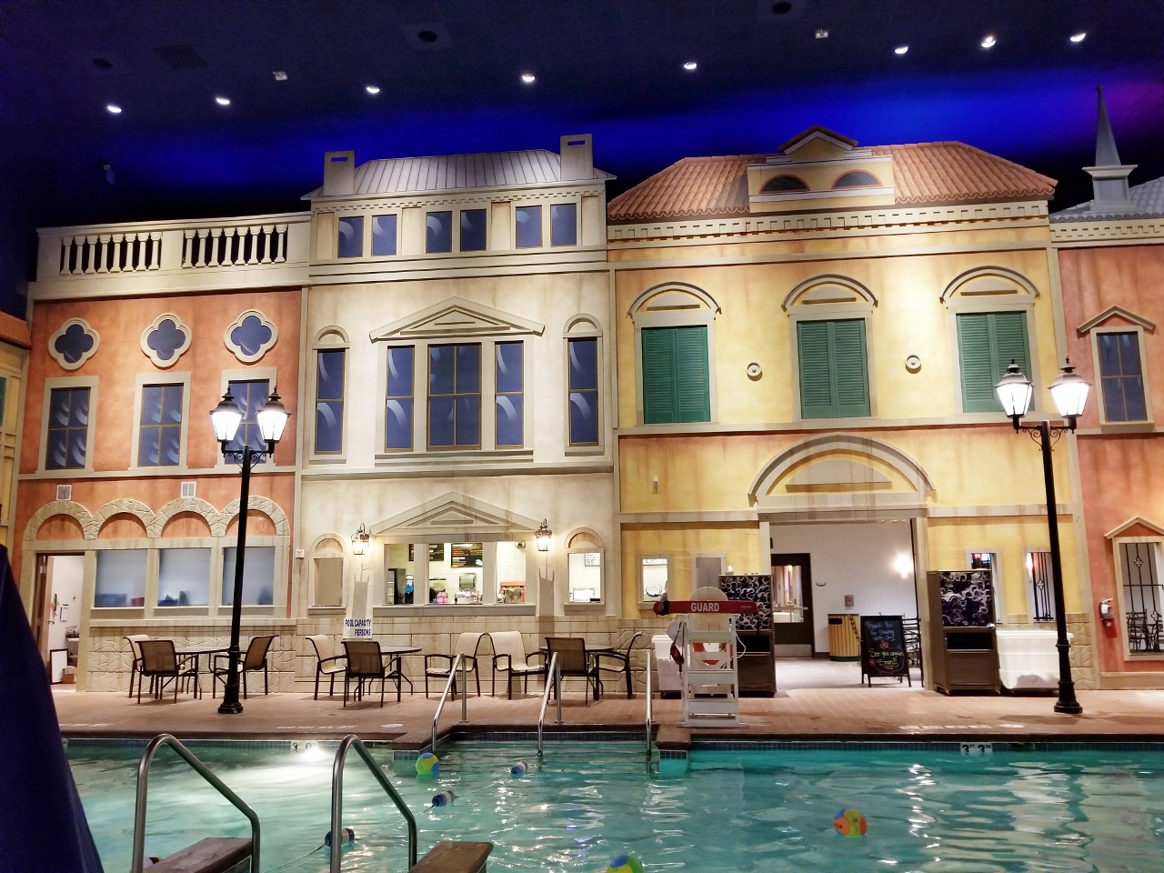 Hey, This Holiday Inn Has a Water Park! Reviews of the