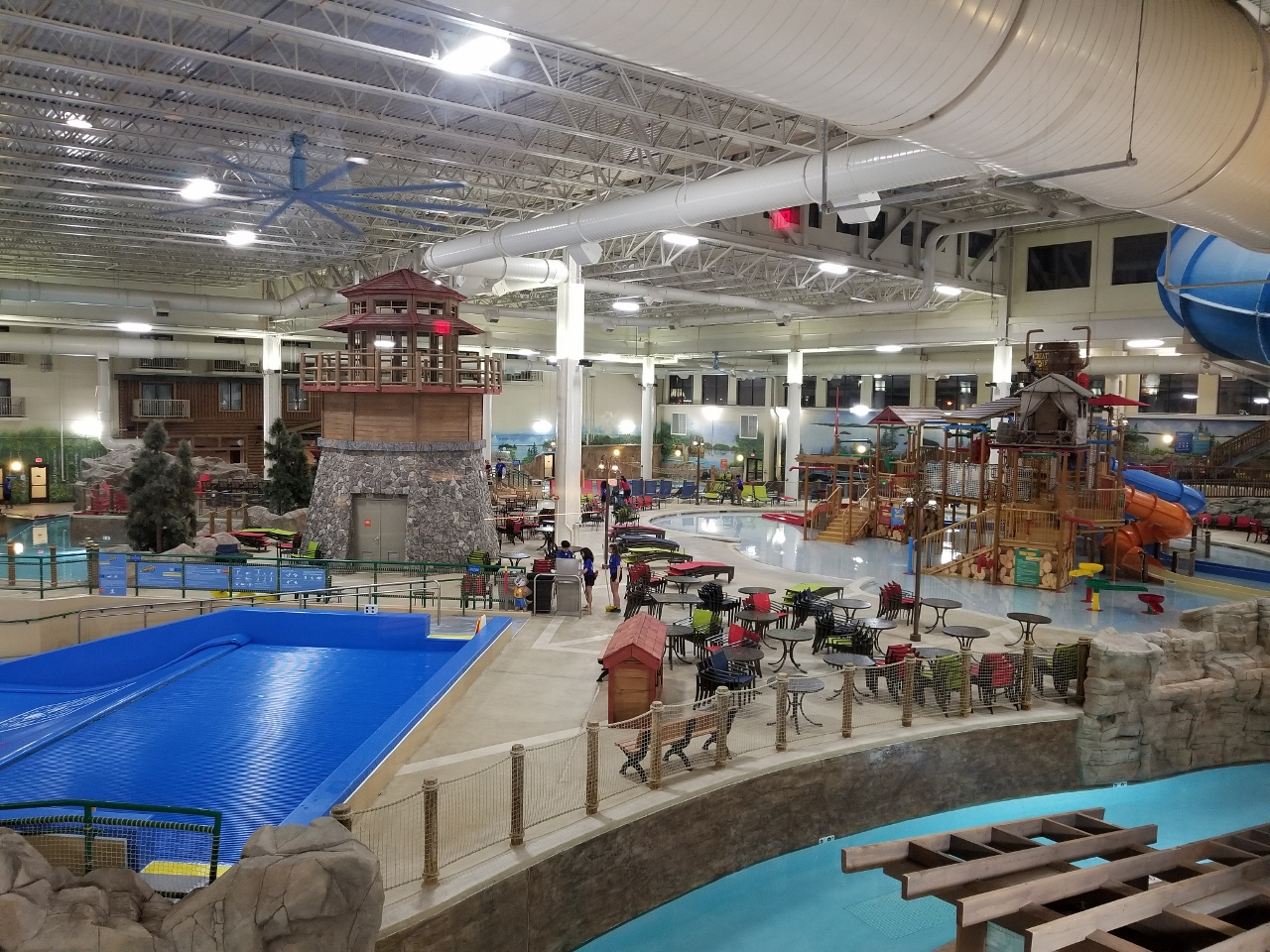 ways to save money at great wolf lodge water park