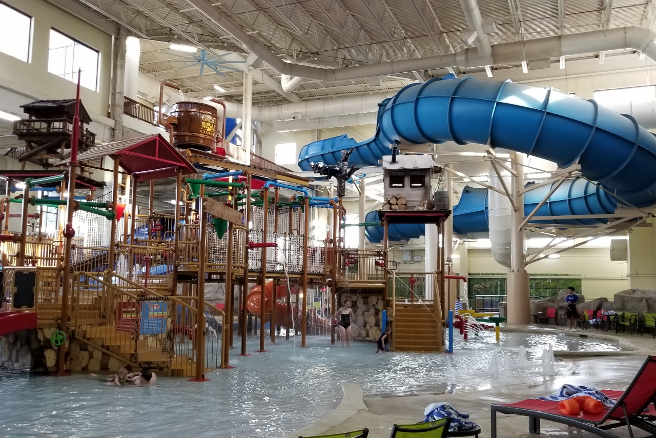 family slide at great wolf lodge in bloomington minnesota