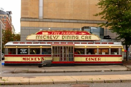st paul minnesota adventures for the whole family mickeys diner