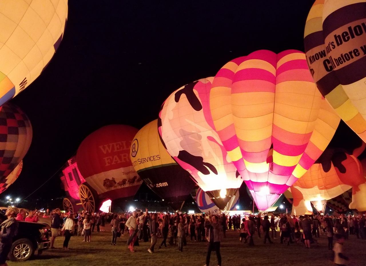 Balloon Glow at Albuquerque Balloon Fiesta Tips