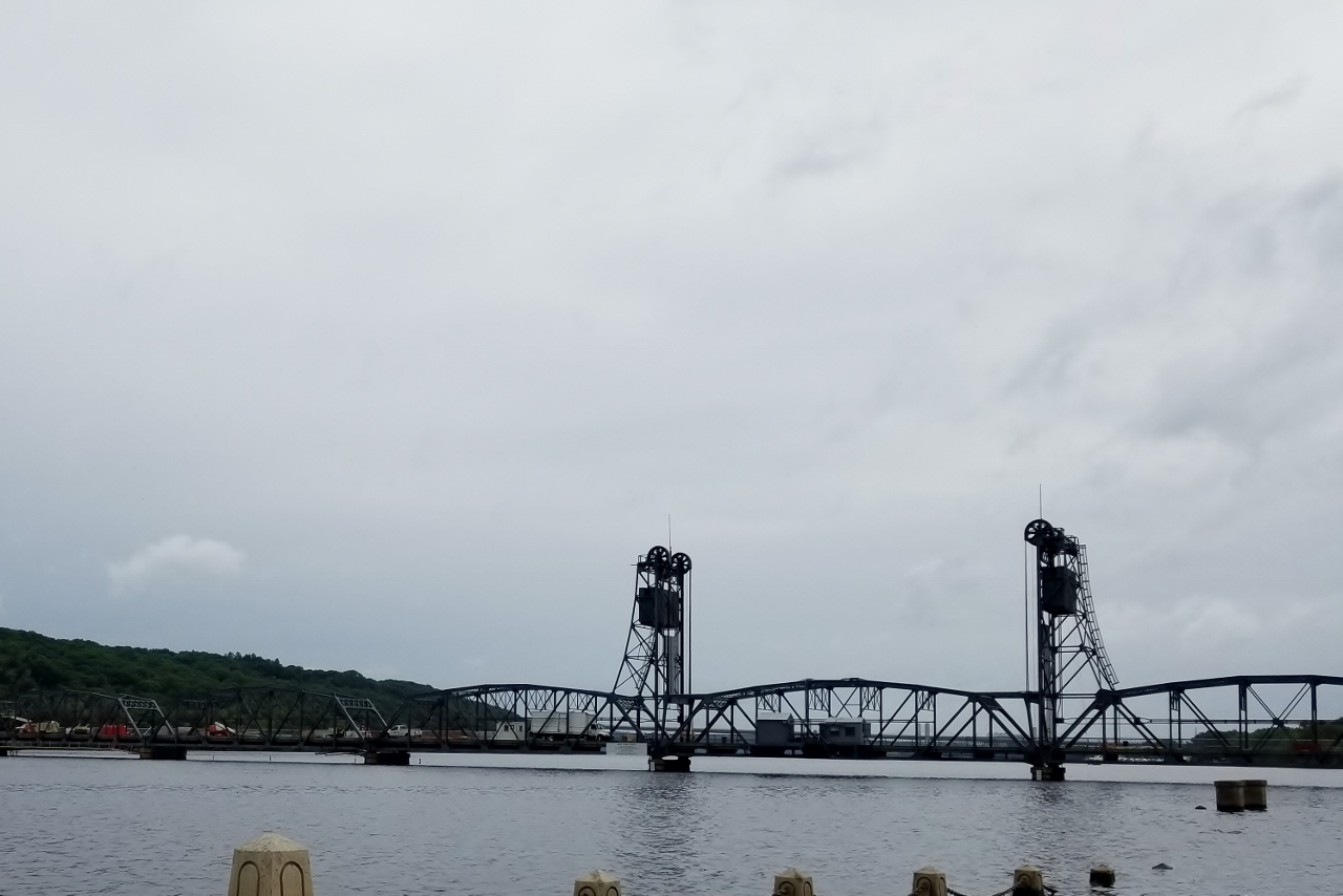 historic lift bridge stillwater mn family adventure