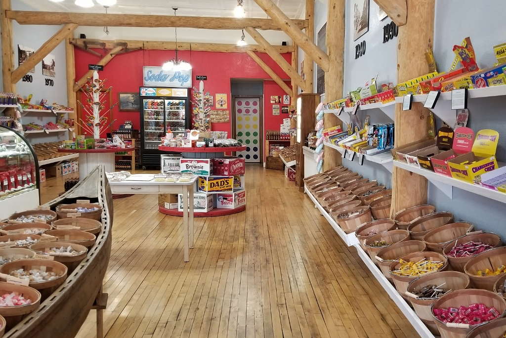 candy shopping things to do in ely minnesota