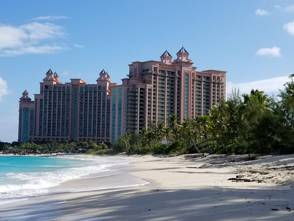 Paradise Beach Reef Atlantis