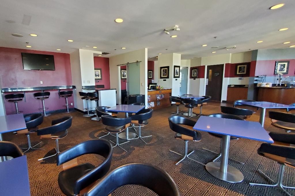 Lounge on club level at hard rock hotel orlando
